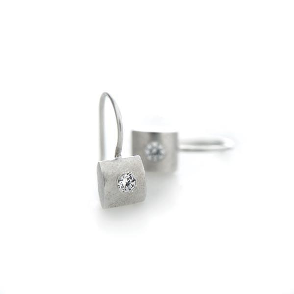 Pillow Cz Earrings  Bija Bijoux. 14k Gold Ear Stud Earrings. Legacy Tiffany Diamond Stud Earrings. Logocircle Stud Earrings. Goldtone Stud Earrings. Female Stud Earrings. Fancy Stud Earrings. Return To Tiffany Stud Earrings. Lays Flat Stud Earrings