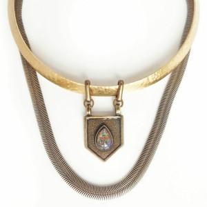 Vega Gold Opal