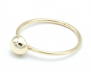 gold-dot-ring