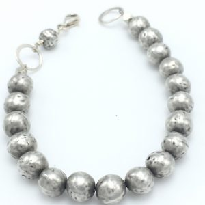 Hammered-spheres-bracelet-2