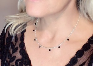 Onyx-Ray-Necklace-lifestyle