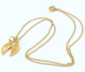 Angel-wings-necklace