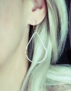 golden-pearl-earrings