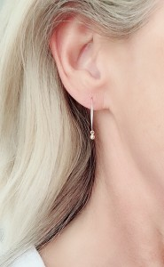 14k-hammered-hoops-lifestyle