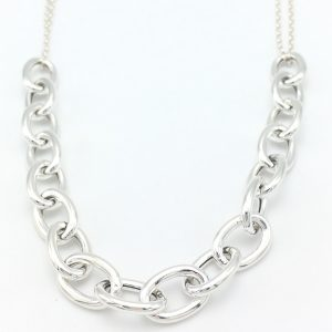 Links-Chain-necklace