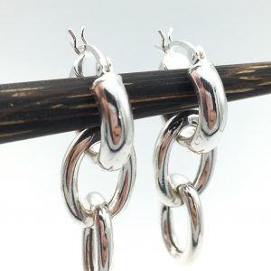 triple-chain-earrings-image