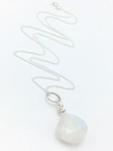 Rainbow-moonstone-brio-necklace
