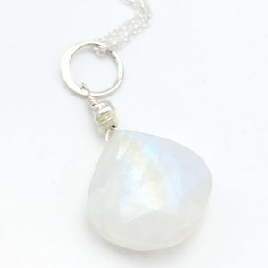 Rainbow-moonstone-closeup