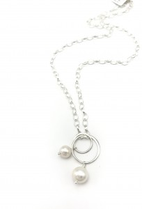 Pearl-reflection-necklace